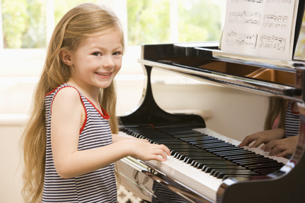 This image has an empty alt attribute; its file name is San_Mateo_Piano_Store_Group_Private_Lessons.jpg